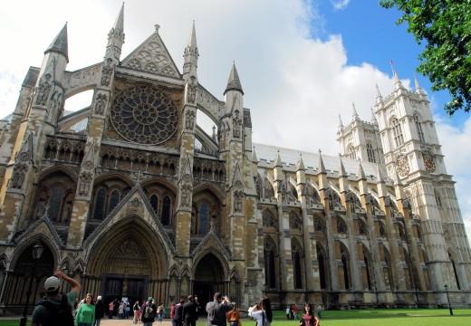 Un bar en la abadía: la tumba de Darwin y Newton
